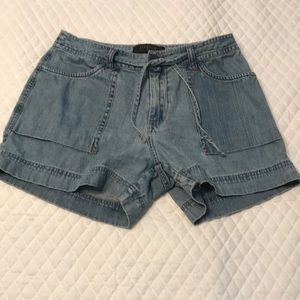Riveted by Lee Shorts Size 8M